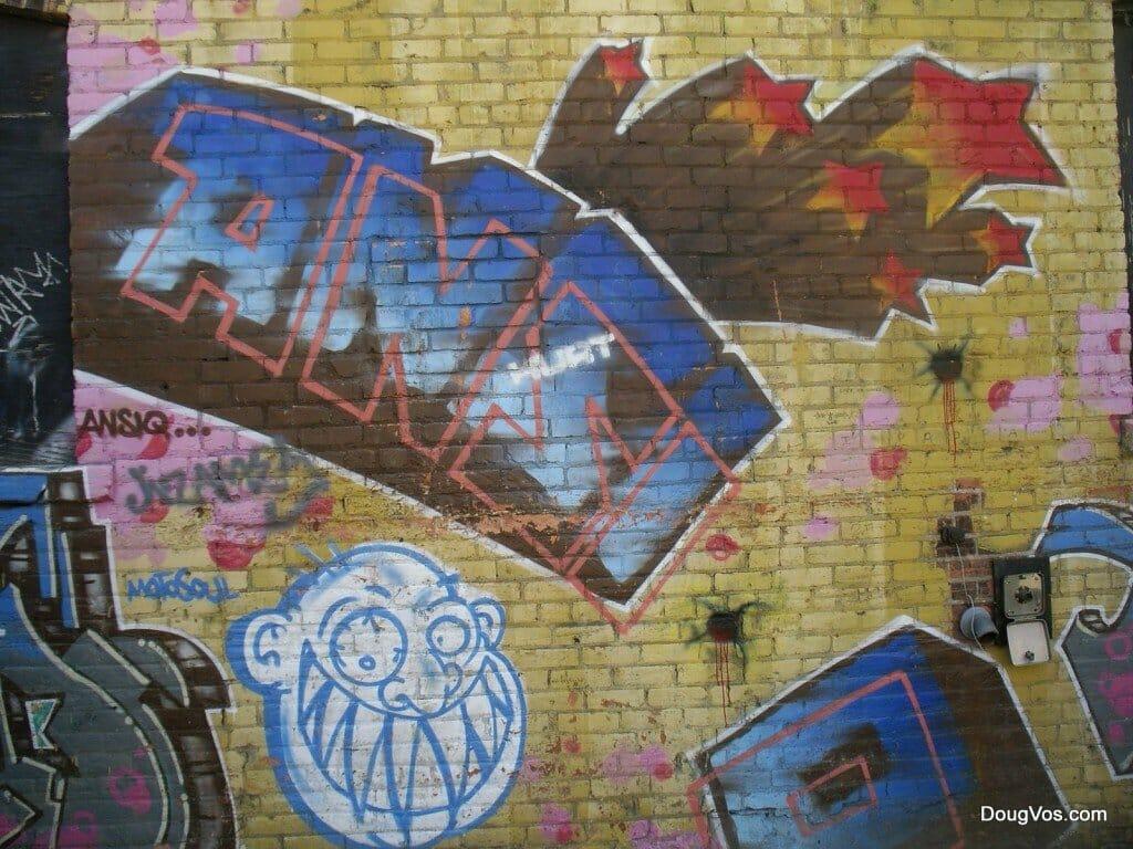 Ansiq - ANSI - auntsie Q - Graffiti art in Detroit - near Detroit Ren Cen - May 2008