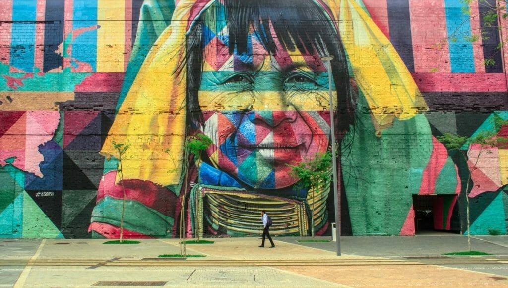 Super-sized mural by Brazilian street artist Eduardo Kobra.